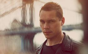 Tiesto, Gewinnt eine Reise für zwei Personen zur Record Release Party von Tiësto in New York