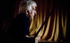 Vladimir Ashkenazy, Reiche Bescherung - Zu Vladimir Ashkenazys 80. Geburtstag zündet Decca ein musikalisches Feuerwerk