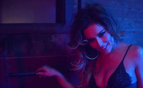 Cheryl, Endlich ein neues Lebenszeichen: Seht jetzt das Musikvideo zu Crazy Stupid Love von Cheryl Cole