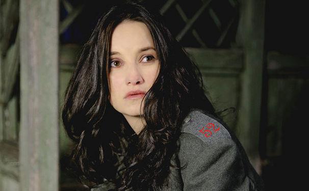 Anna Prohaska, Gewinnen Sie eins von drei signierten Alben Behind the Lines mit Anna Prohaska