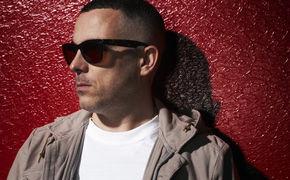 Zinc, Ab Jetzt erhältlich: Zinc veröffentlicht seine House-Hymne Show Me feat. Sneaky Sound System als Single