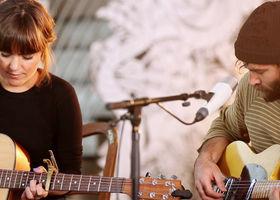 Angus & Julia Stone, Heart Beats Slow (Live Session)