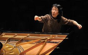 Mitsuko Uchida, Mitsuko Uchida interpretiert Mozart