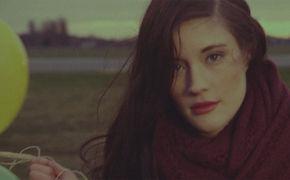 Madeline Juno, Madeline Juno veröffentlicht das Video zu Same Sky