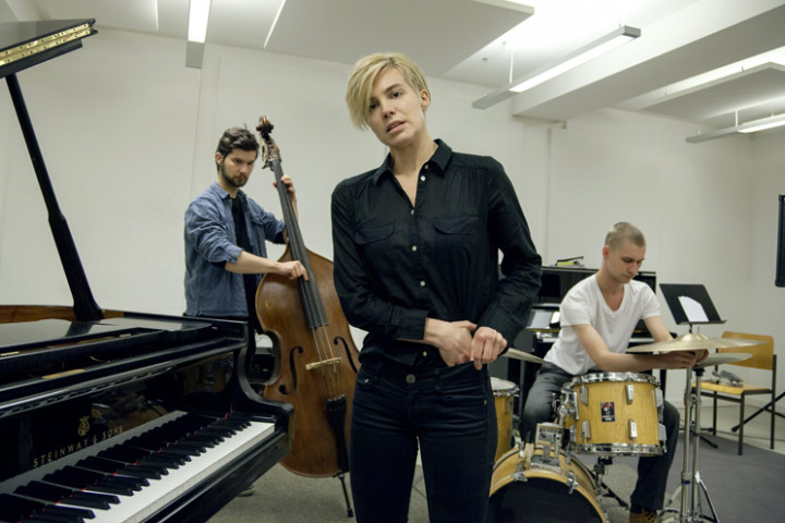 Julia Kadel Trio 2014
