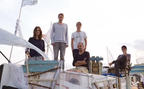 Juli, 12. September 2014: Juli liefern mit Insel erste Single aus neuem Album