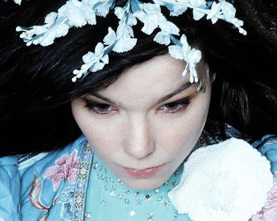Björk, Neuer Song für Troll-Film