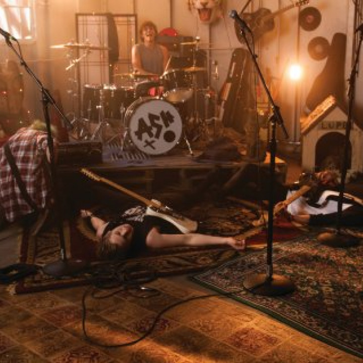 5 Seconds Of Summer – Amnesia Behind The Scenes