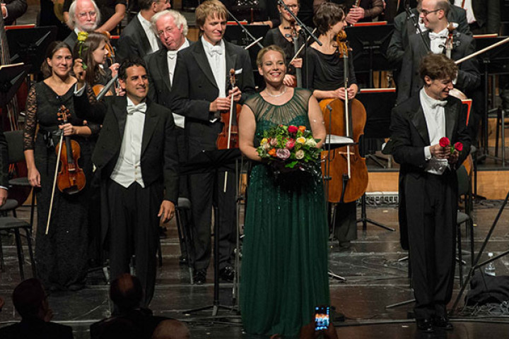 Elīna Garanča, Juan Diego Flórez, Roberto Abbado, Philharmonia Chor Wien, Münchner Rundfunkorcheste