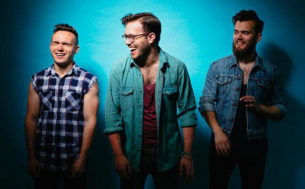 Prides, Indie-Synthie-Sound aus Glasgow: Herzlich willkommen Prides mit ihrem Debüt The Way Back Up