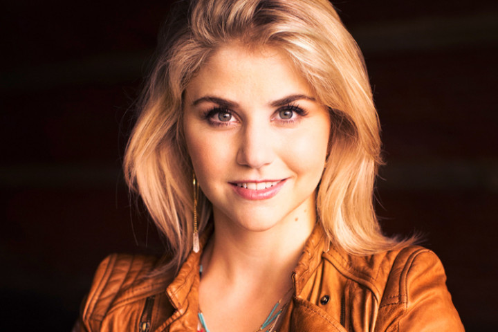 Beatrice Egli - BUNT (Best Of) Pressebild