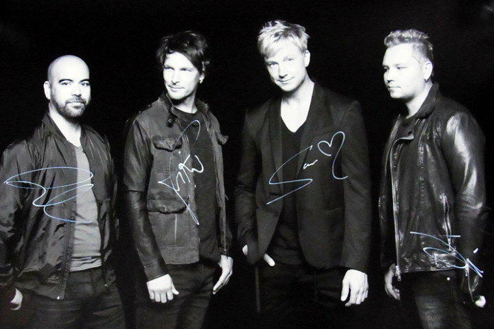 Sunrise Avenue Signing Foto