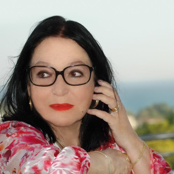 Nana Mouskouri Presse 2014