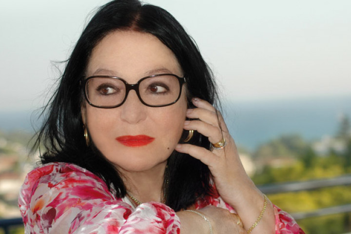 Nana Mouskouri News