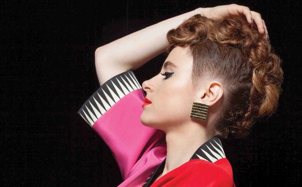 Kiesza, Hier reinhören: Nach Hideaway präsentiert Kiesza mit Sound Of A Woman nun ihr Debütalbum