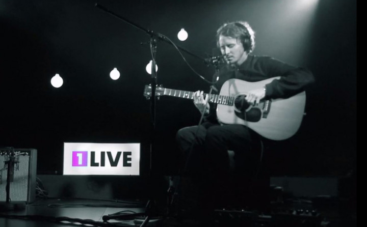 Small Things - 1Live