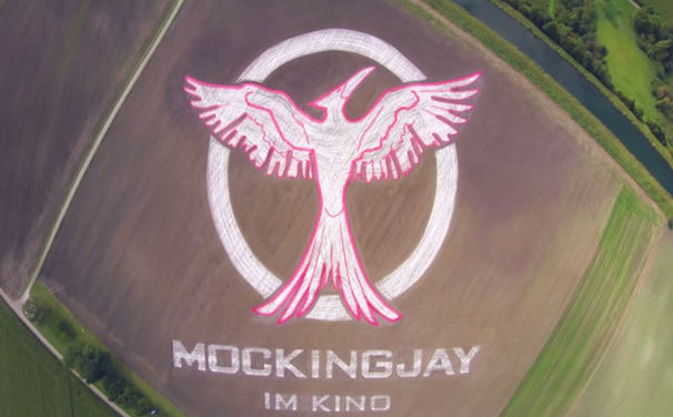 Die Tribute von Panem, Mockingjay München: Erfahrt hier mehr über das 70.000 Quadratmeter große Die Tribute von Panem Logo