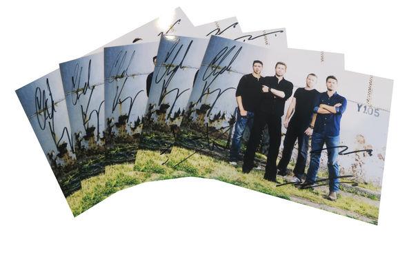 Nickelback, Jetzt gewinnen: Eine signierte Autogrammkarte von Nickelback