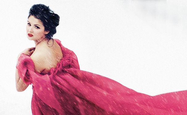Anna Netrebko, Erfahrt hier alles über das neue Album der russischen Star-Sopranistin Anna Netrebko