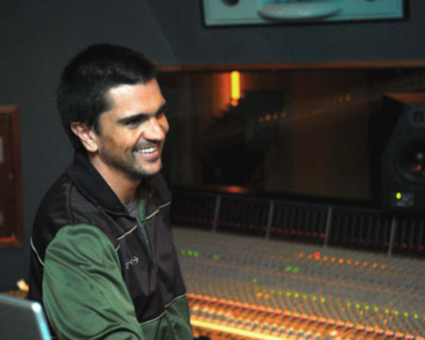 Juanes, Juanes im Vaterglück +++ Friedenskonzert in Havanna