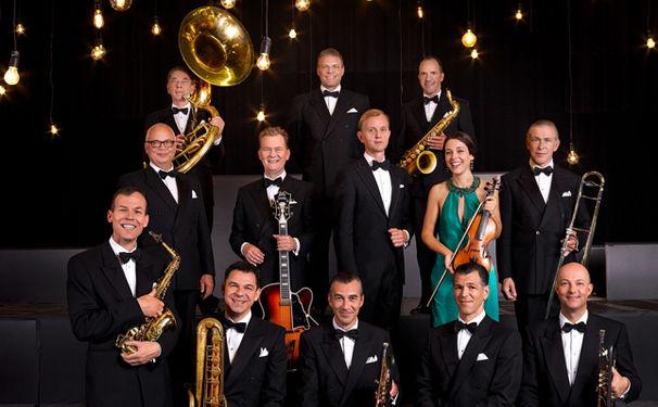 Max Raabe, Max Raabe & Palast Orchester präsentieren neues Video Ich bin nur gut, wenn keiner guckt