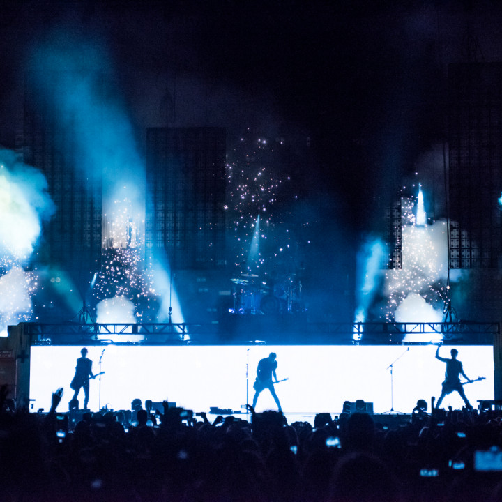 5 Seconds Of Summer — Live at L.A. Forum 2014