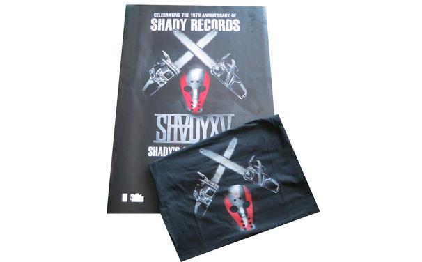 Eminem, Sichert euch jetzt euer Eminem-Fanpaket mit T-Shirt und Poster zur Compilation SHADYXV