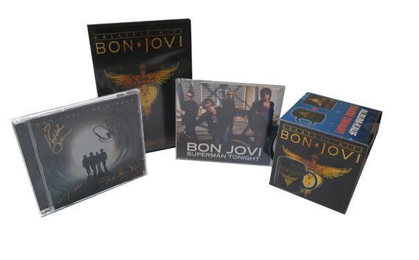 Bon Jovi, Gewinnt jetzt euer persönliches Fanpaket von Bon Jovi mit CD, Album, DVD und Jabra-Kopfhörer