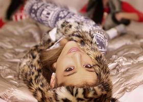 Ariana Grande, Santa Tell Me
