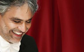 Andrea Bocelli, Hier in das Album mit den beliebtesten Klassik-Melodien reinhören!