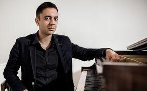 Vijay Iyer, Vijay Iyer Trio - Logische Zweckentfremdung