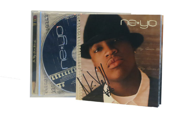 Ne-Yo, Aufgepasst: Wir verlosen das handschriftlich signierte Ne-Yo Debüt-Album In My Own Words