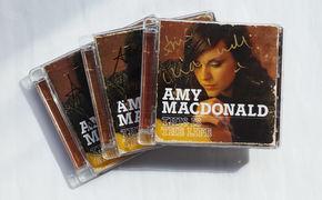 Amy Macdonald, Fan-Treue wird belohnt: Eins von drei signierten Amy Macdonald Alben gewinnen