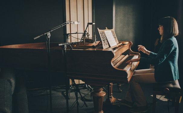 Alice Sara Ott, Der frühe Vogel spielt Chopin - Alice Sara Ott ist zu Gast im ZDF mo:ma