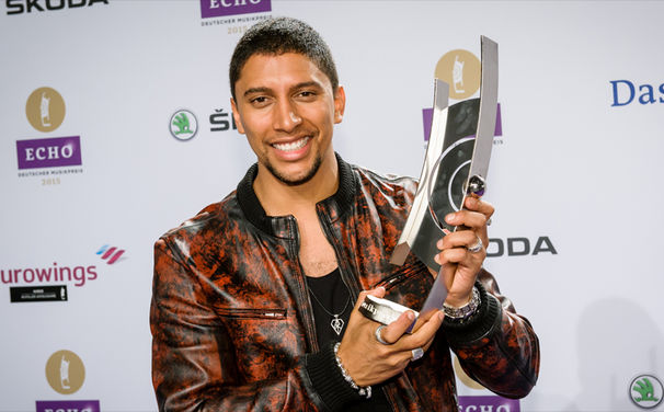 Andreas Bourani, Auf Andreas Bourani: Der Sänger gewann den Radio-Echo 2015 für Auf uns