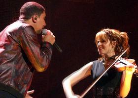Lindsey Stirling, Auf anderen Wegen (Live, ECHO 2015)