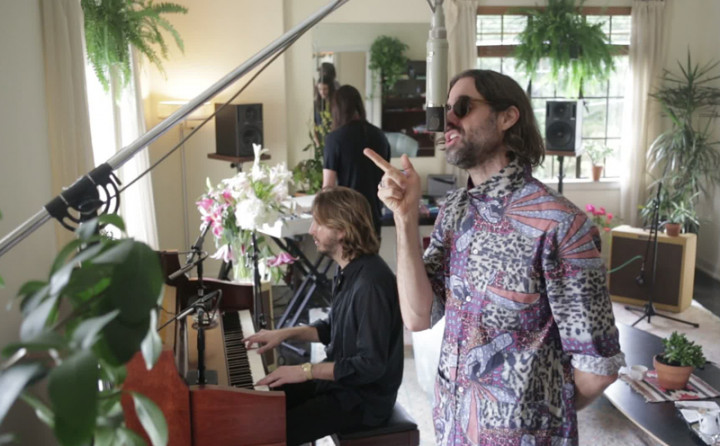 Falling Apart feat. Andrew Wyatt & Jeff Bhasker (Live From Chateau Marmont)