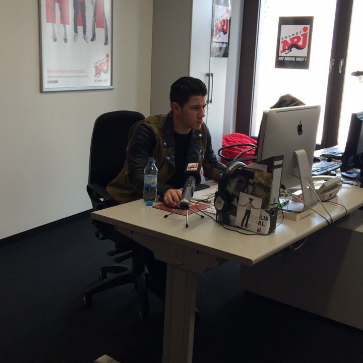 Nick Jonas beim Twitter Takeover NRJ 20150407