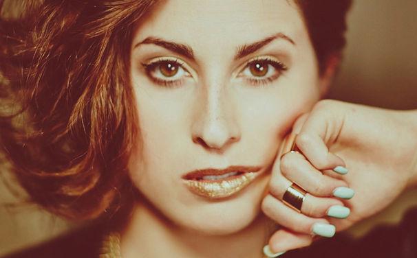 Ann Sophie, Silver Into Gold: Ann Sophie veröffentlicht ihr Debütalbum