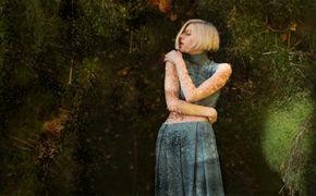 Aurora, Talentiertes Nordlicht: Aurora präsentiert ab heute ihre EP Running With The Wolves