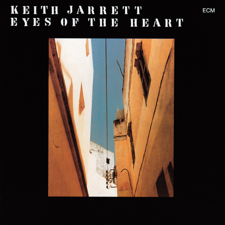 Eyes Of The Heart – Keith Jarrett: Piano / Sopransaxophon / Osi drums / Tambourine, Dewey Redman: Tenorsaxophon / Tambourine / Maracas, Charlie Haden: Double Bass, Paul Motian: Drums / Percussion – Recorded May 1976