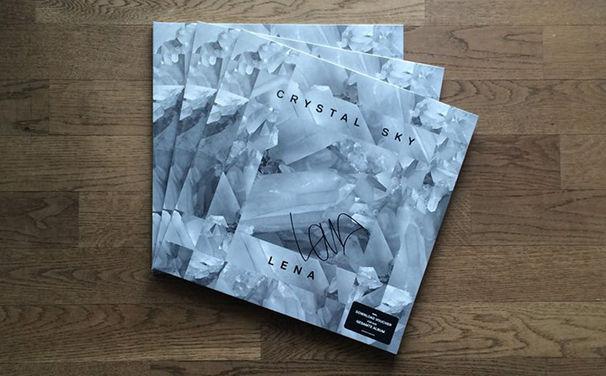 Lena, Aktion: Gewinnt eine von drei signierten Lena Vinyls