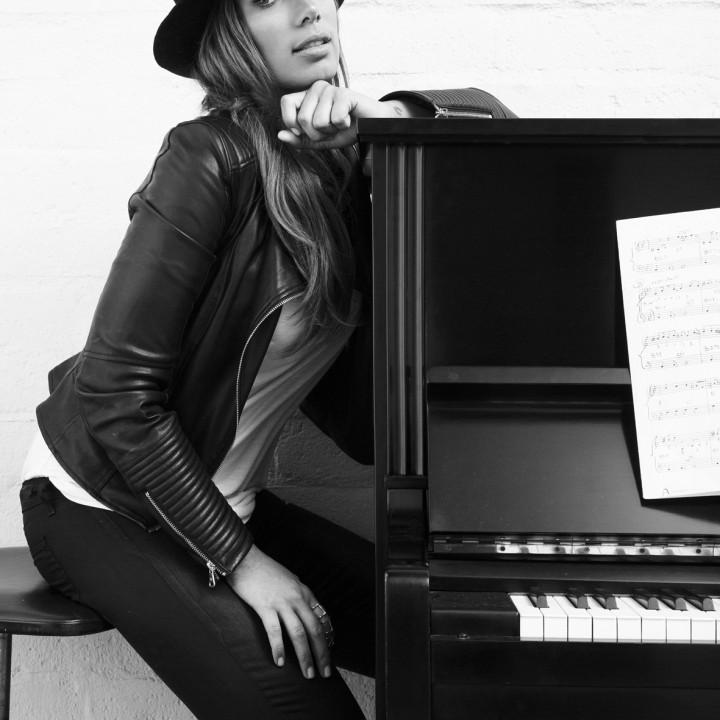 Leona Lewis Pressefotos 2 2015