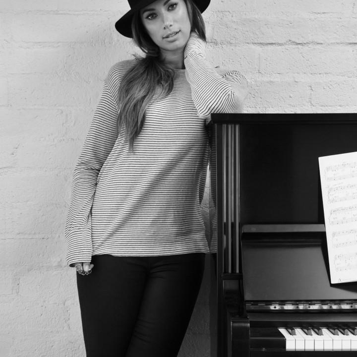 Leona Lewis Pressefotos 3 2015