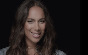 Leona Lewis, Eine weitere Powerstimme bei Universal Music: Leona Lewis meldet sich mit neuem Song Fire Under My Feet zurück