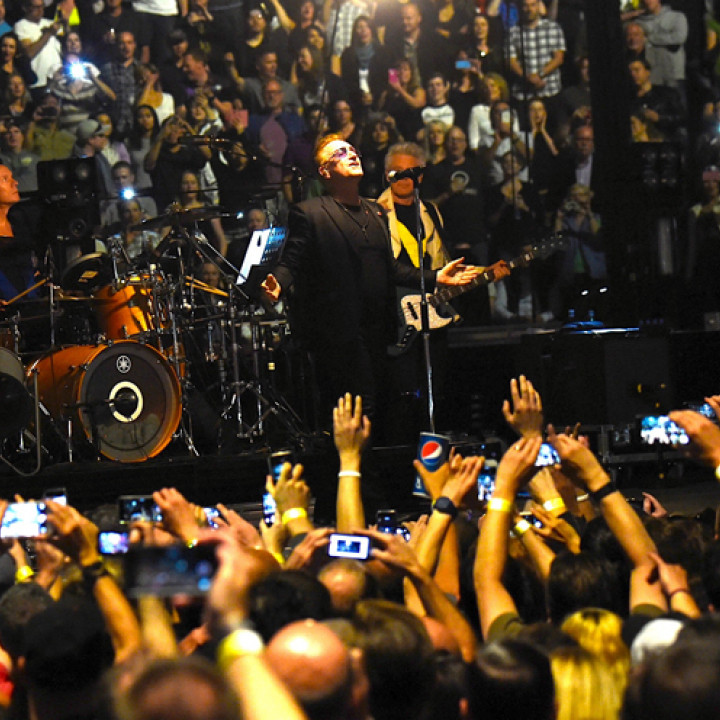 U2 live Vancouver Tourstart 2015