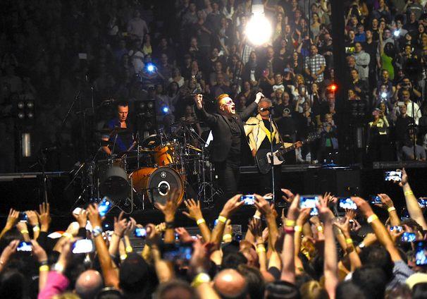U2, Spektakulärer Welttournee Auftakt für U2: Seht hier die ersten Bilder