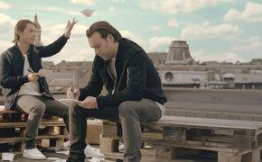 Axwell /\ Ingrosso, Hier ansehen: Das Video zu Sun Is Shining von Axwell /\ Ingrosso ist da