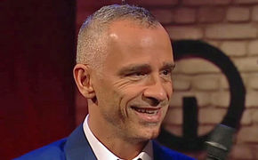 Eros Ramazzotti, Hier ansehen: Eros Ramazzotti im Interview und live mit Il Tempo Non Sente Ragione bei 3nach9