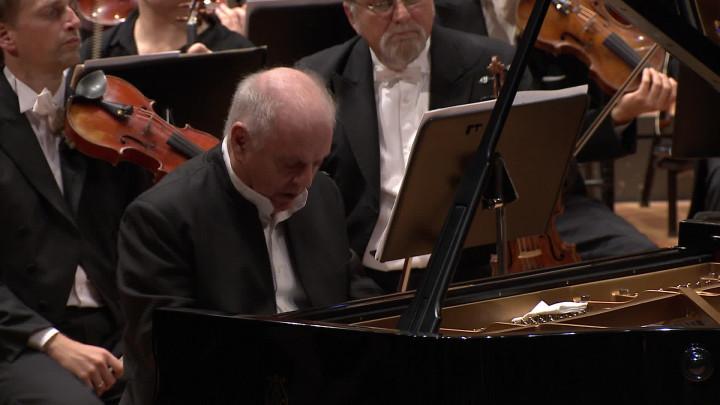 Barenboim/Dudamel - Brahms: The Piano Concertos (Trailer)